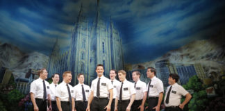 La distribution de la comédie musicale The Book of Mormon (c) Joan Marcus, 2013