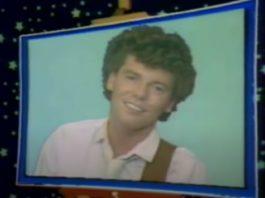 Philippe Chatel dans l'adaptation télévisuelle d'Emilie Jolie - 1980